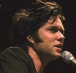 Rufus Wainwright sings