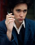 Rufus Wainwright smoking (hot)